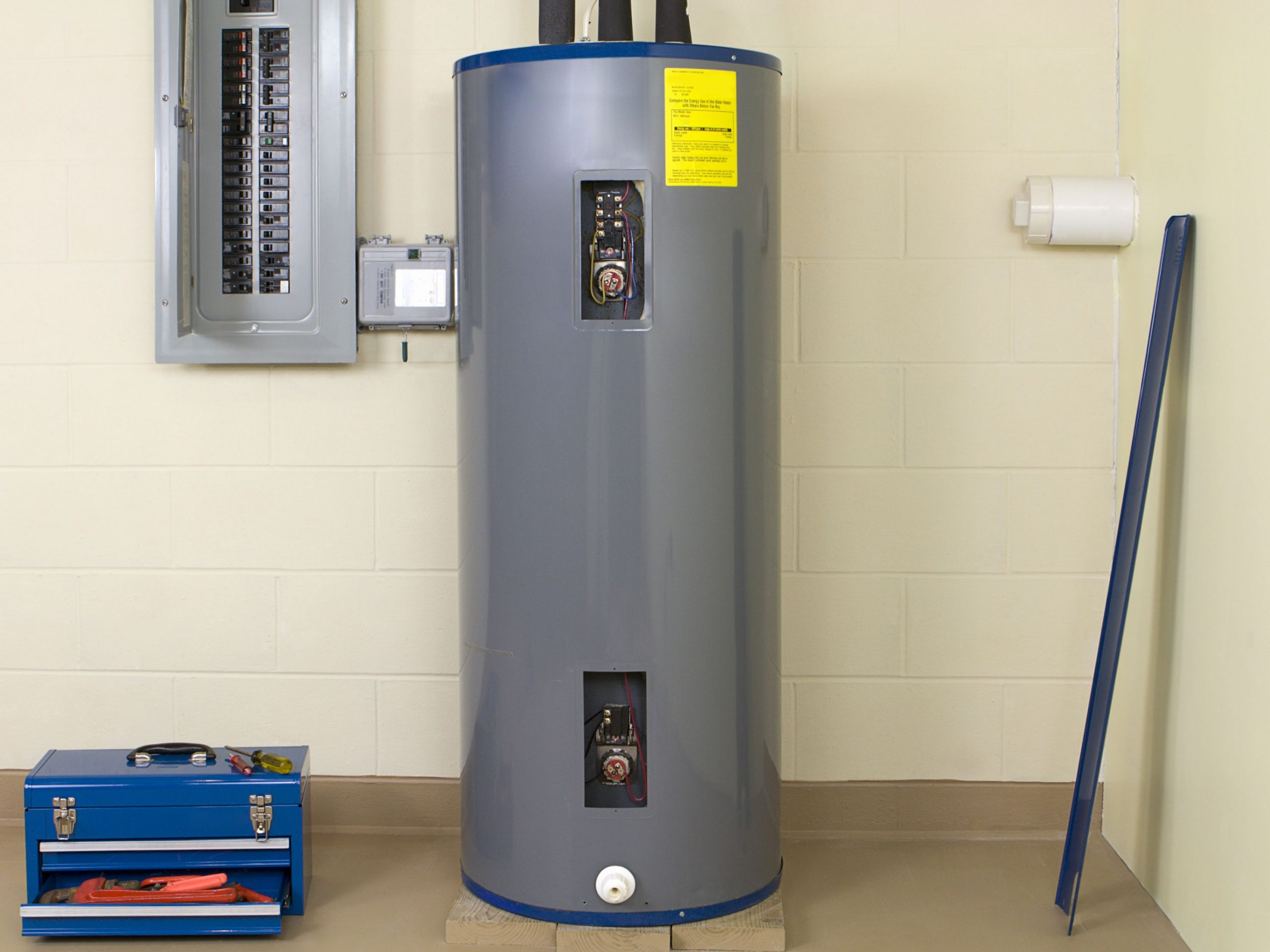 Residential Electric Water Heater Replacement in Elizabethton